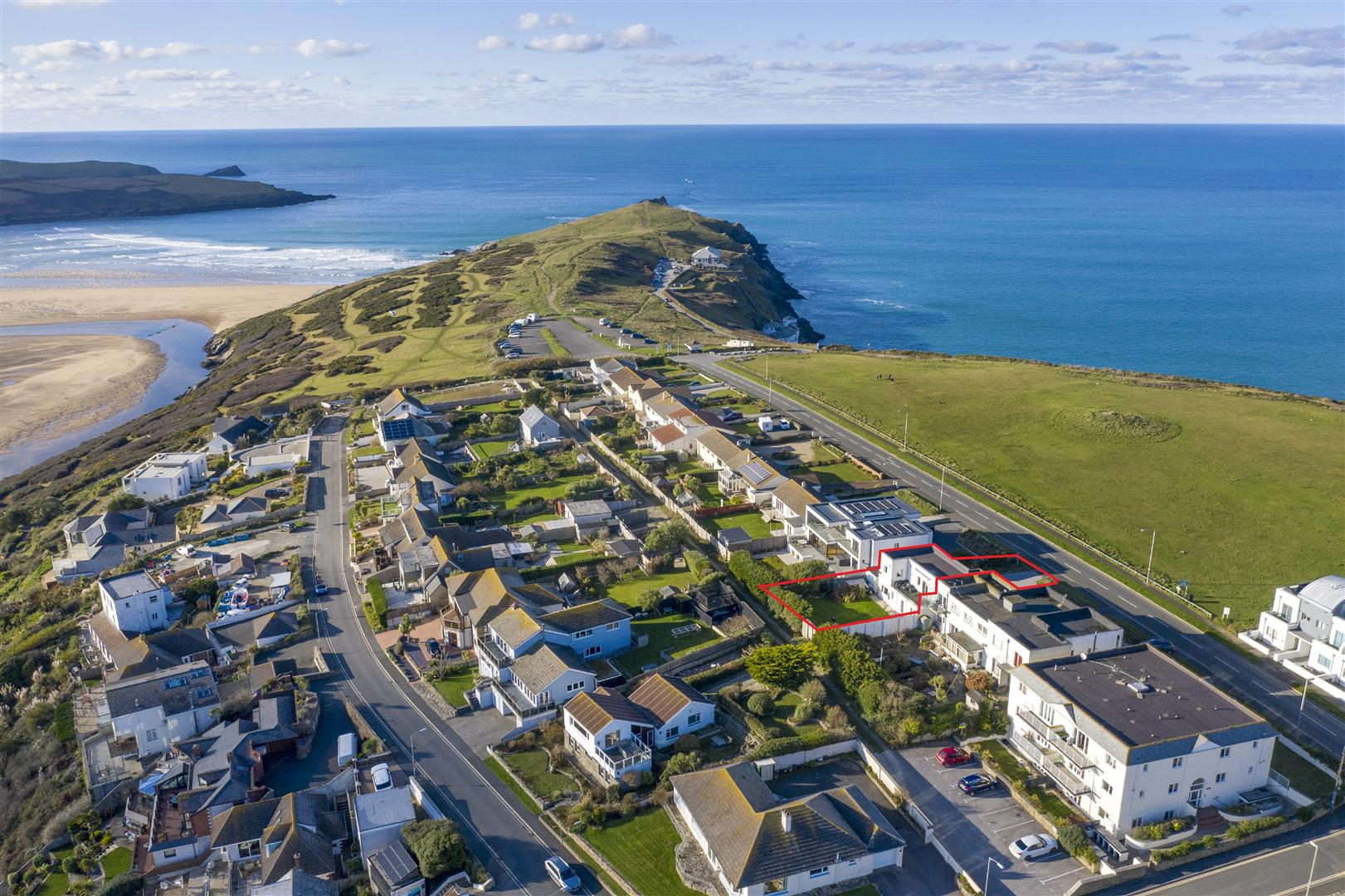 Pentire Avenue, Newquay Property Image