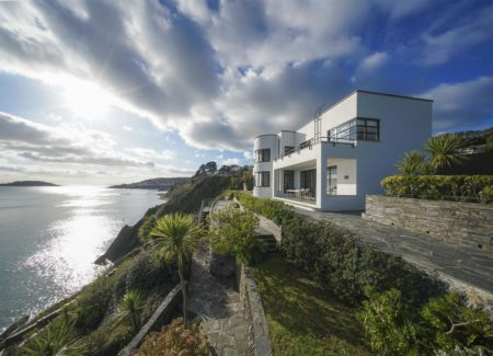 Estate agents in Cornwall featured on Mansion Global with property Gradna.